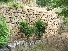 mur pierre seche